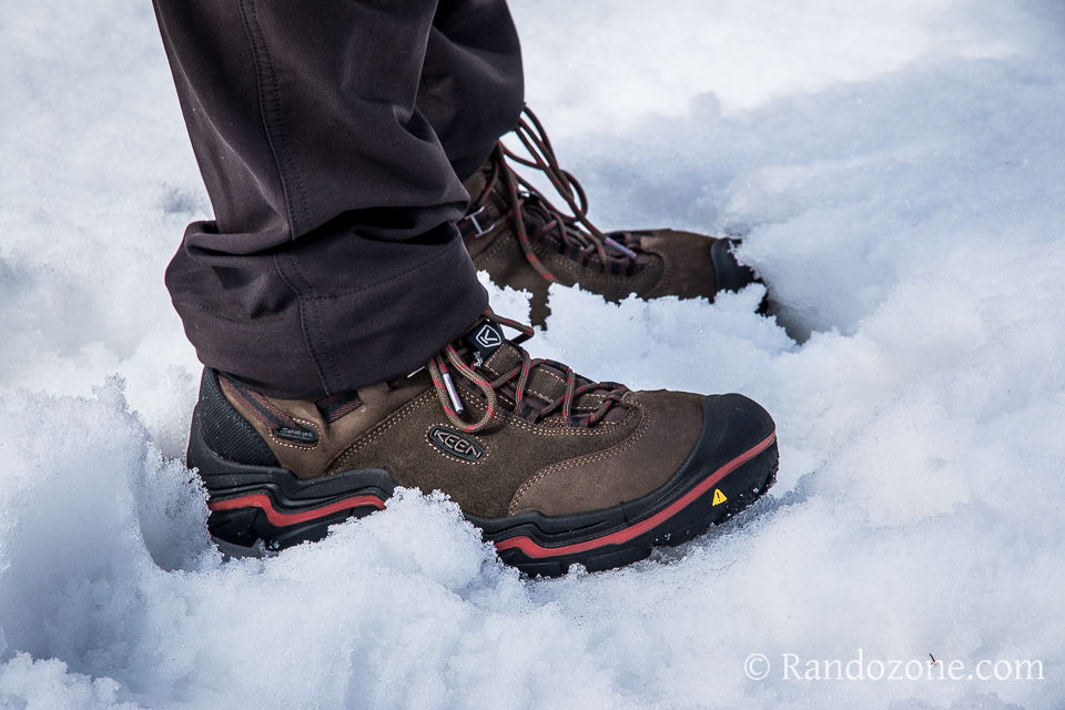 chaussure marche neige