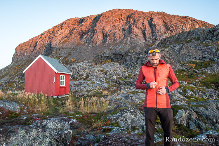 Test de la veste Mammut Foraker In Light Hooded en Laponie