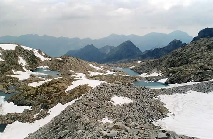 Lacs Verts depuis le glacier de Maniportet
