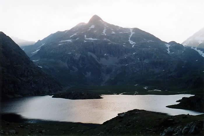 Lac de Campo Plano près du refuge de Respumoso