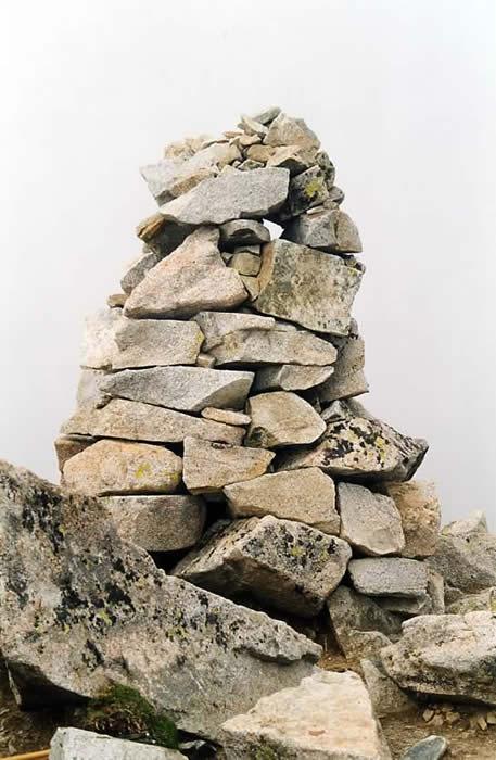 Cairn au sommet.