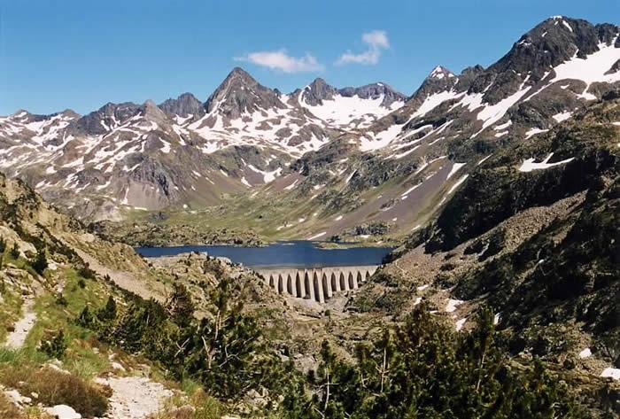 Lac et barrage de Respumoso