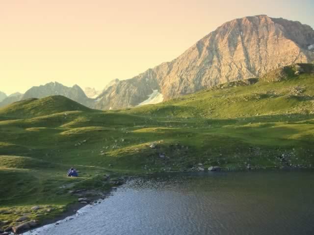 Taillon depuis le lac des Especières