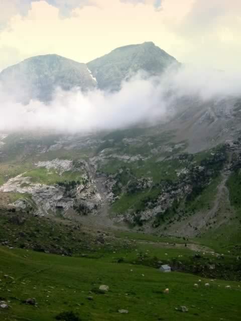 Les Astazous depuis le Plateau de Pailla