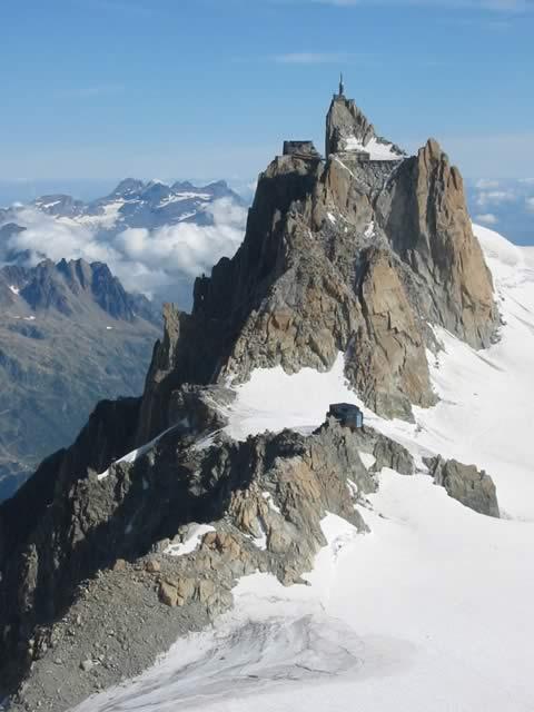 Aiguille du Midi et arête des Cosmiques