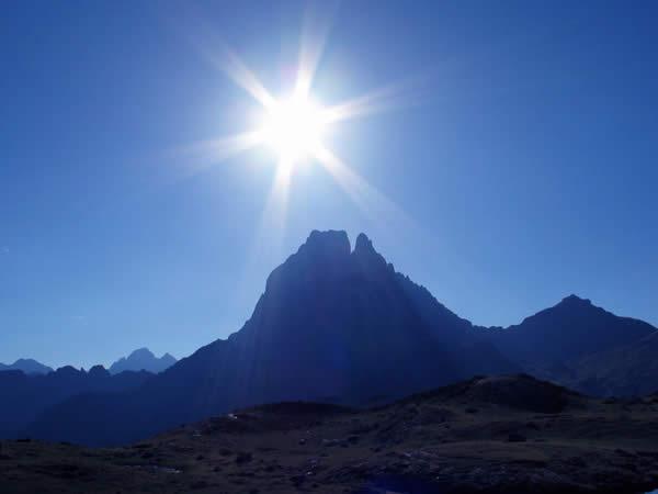 Pic du midi d'Ossau soleil
