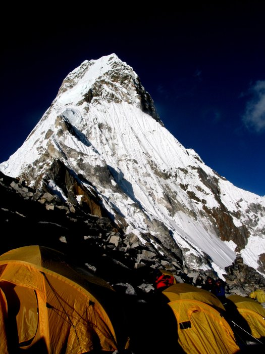 Climbing Ama Dablam 6800m 22,800ft