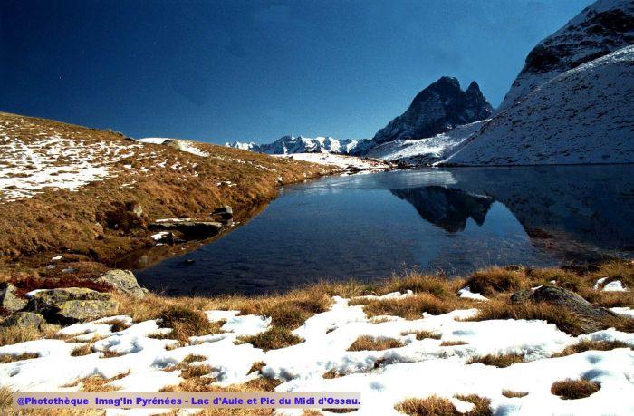Lac d'Aule et pic du Midi d'Ossau