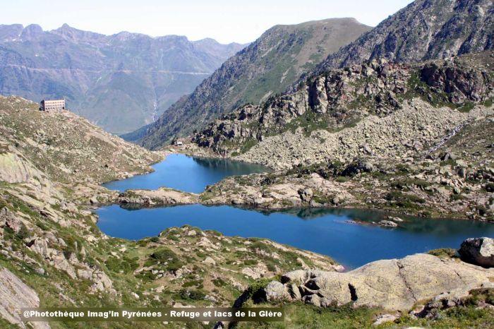 Refuge et lacs de la Glère
