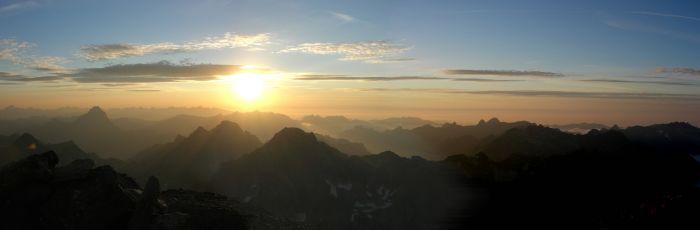 Bivouac au sommet du Balaïtous