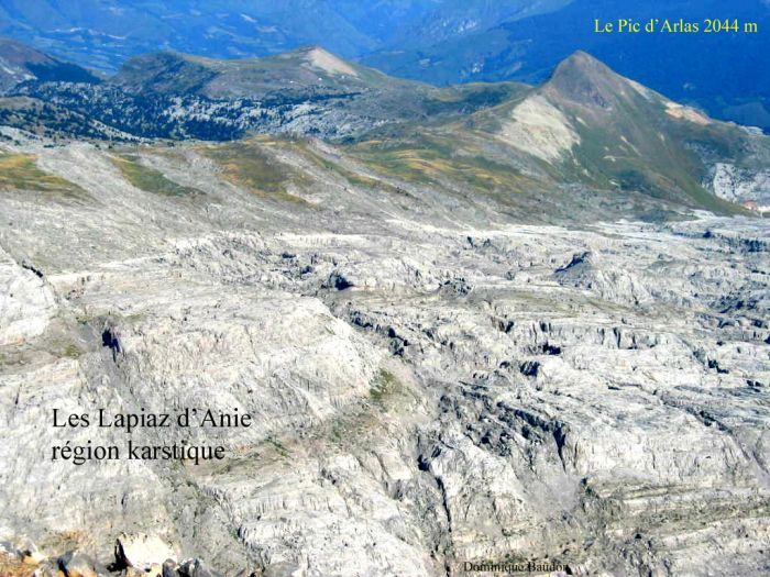 Le Pic d'Arlaz et les Lapiaz d'Anie