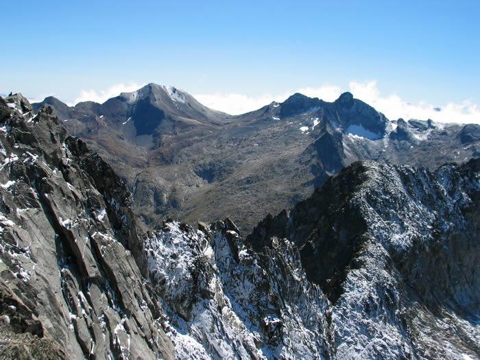 Le Campbiel 3173m vu depuis le sommet du Néouvielle 3091m