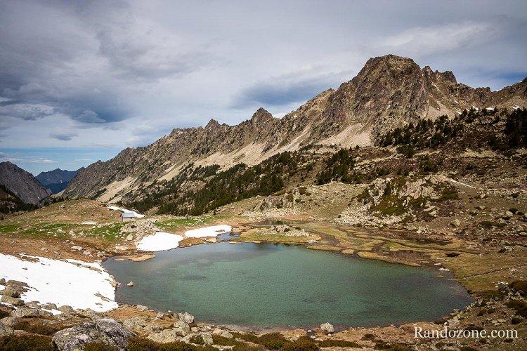 Lac et cabane d'Aygues Cluses