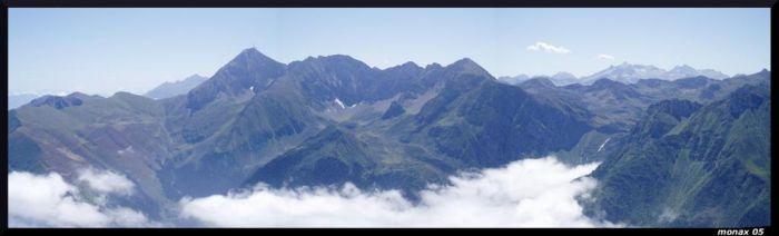 Panoramique du pic du midi de bigorre depuis le Montaigu