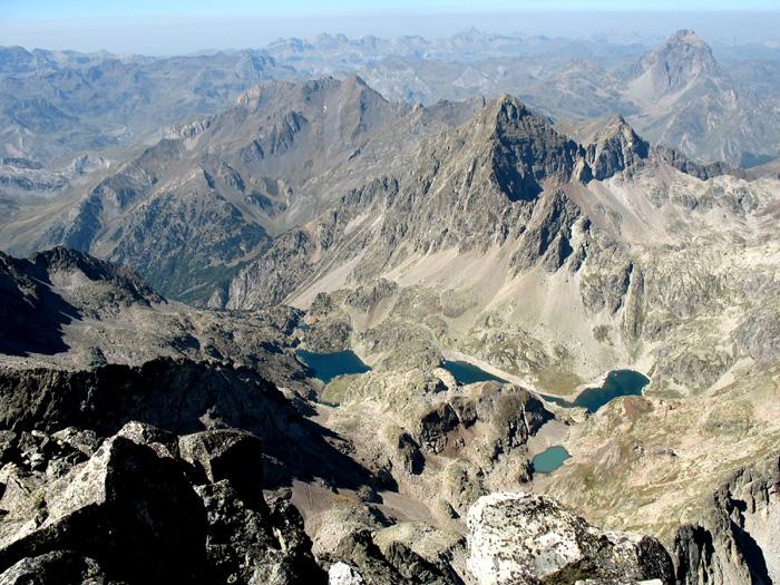 Lacs d'Arriel depuis le sommet du Balaïtous