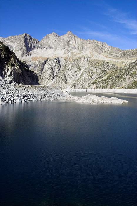 Lac de Cap de Long depuis son barrage