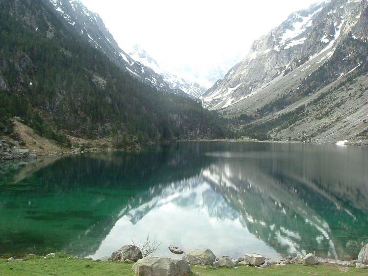 Vue classique du lac de Gaube