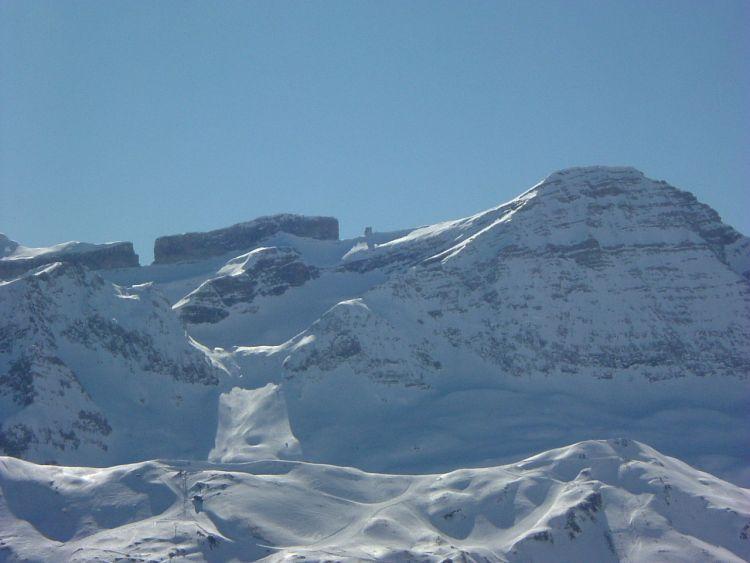 Brèche de Roland et le Taillon vus depuis le sommet du Soum Braqué