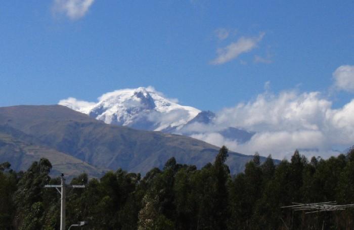 Volcan Cayambe depuis la Esperanza
