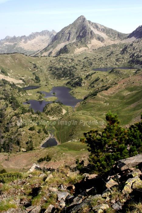 Pic et lacs de Bastan