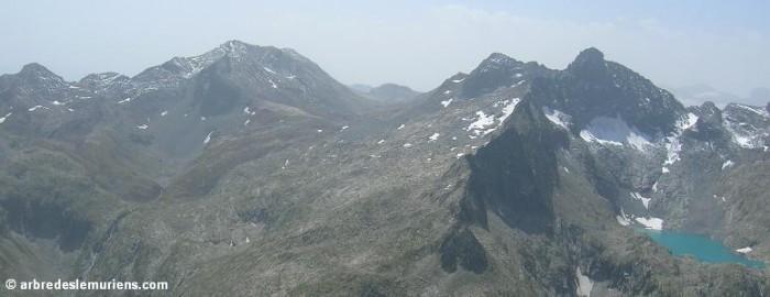 Pic d'Estaragne - Pic de Campbieil - Pic Badet - Pic Long - lac Tourrat