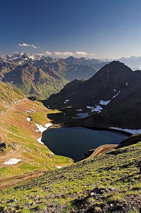 Lac d'Oncet depuis la piste qui monte au pic