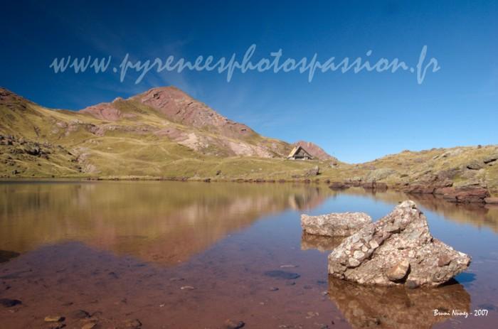 Lac et refuge d'Arlet