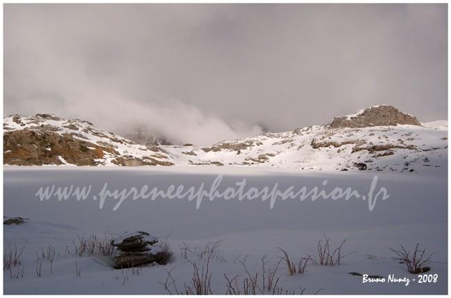 Lac d'Estaëns en février