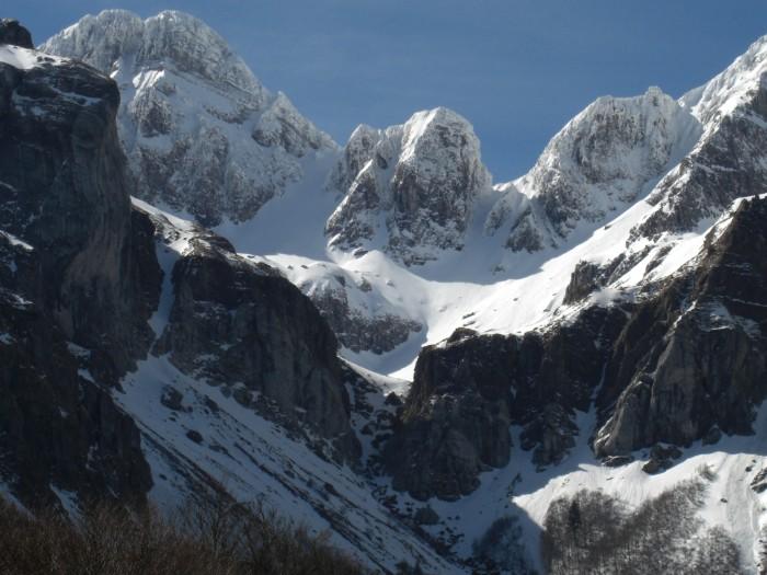 Pico Llena de la Garganta