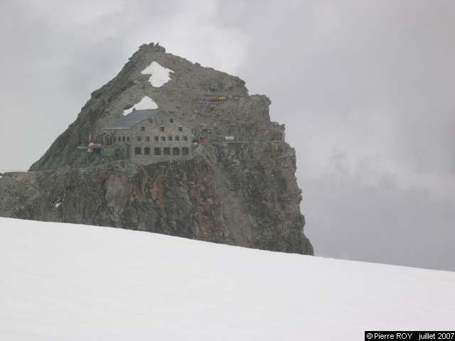 Cabane des Vignettes (3158m)