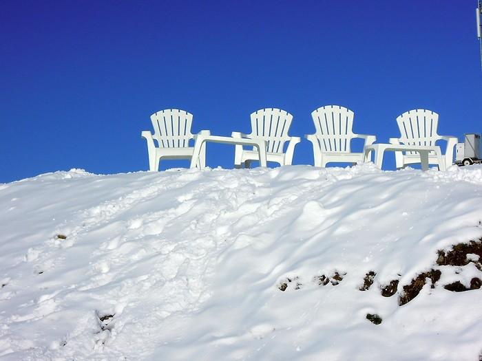 Hautacam dans les Pyrénées sous la neige