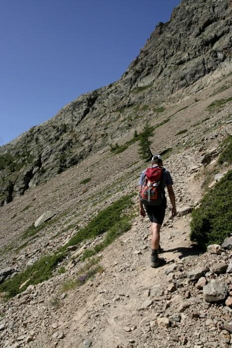 Dans la montée en direction du Lac de l'Eychauda