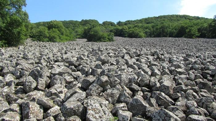 Coulée de lave de Roquelaure au dessus d'Espalion