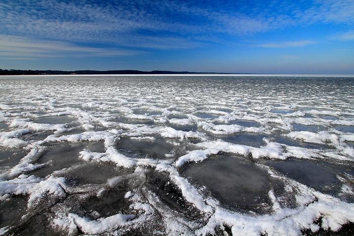 Balade sur le lac d'Hourtin gelé