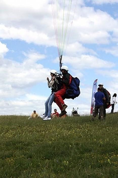 Parapente en Aveyron, à Balsac, avec le Club de parapente de la MJC de Rodez