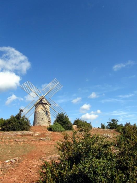 Moulin du Redounel, à côté du village de La Couvertoirade