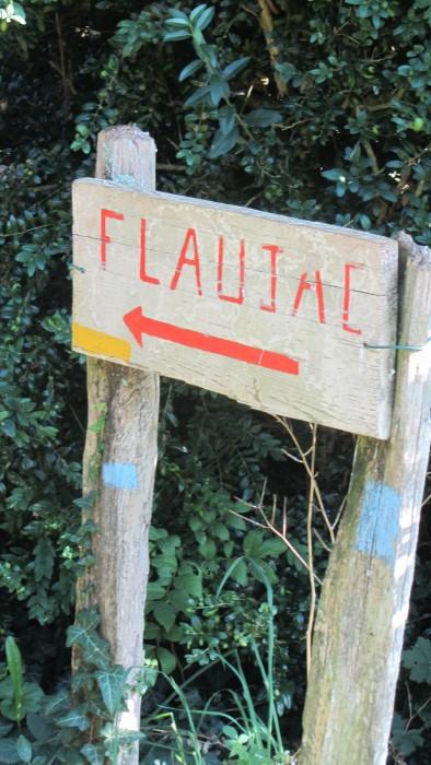 PR allant au village de Flaujac, Aveyron, Vallée du Lot