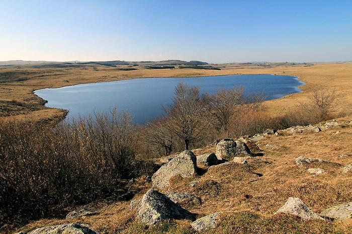 Lac de Saint-Andéol en Lozère