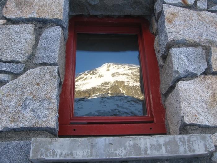Reflet au refuge des Oulettes de Gaube