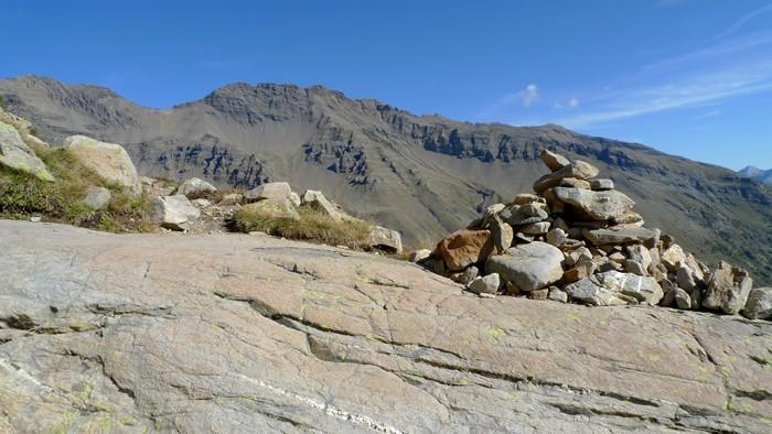 Cairn sur la montée au lac Palluel