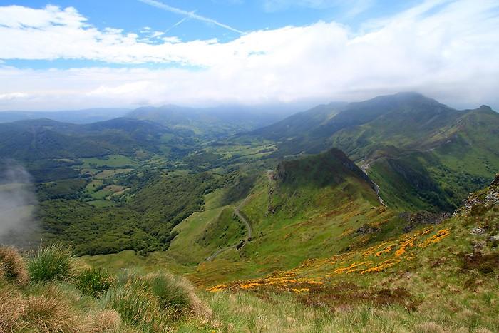 Vue depuis le sommet du Puy Mary