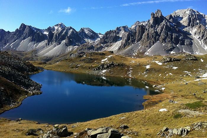 Lac Long dans les Alpes
