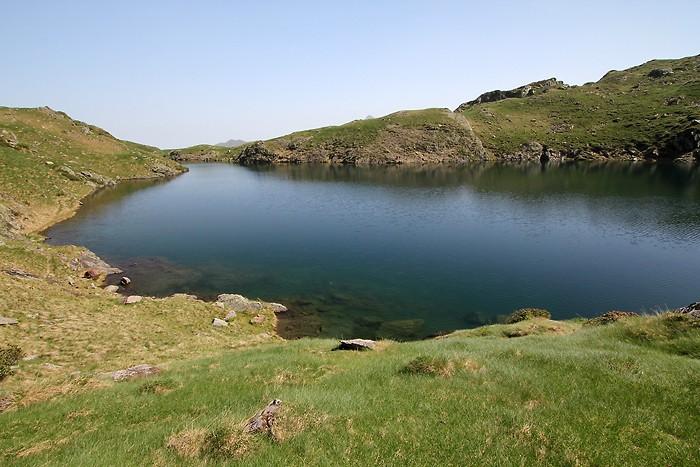 Randonnée autour du lac de Bassias