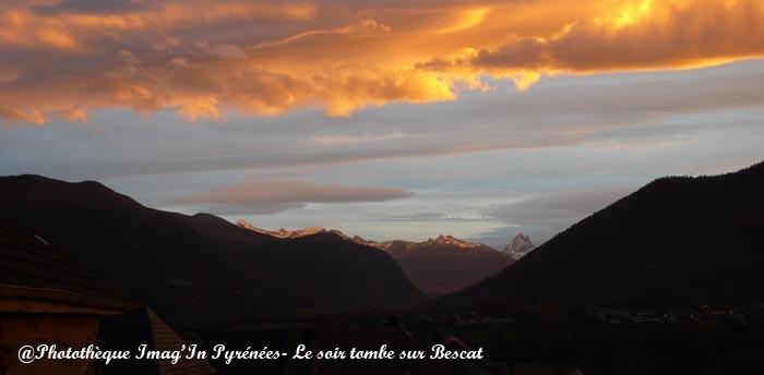Crépuscule sur Bescat