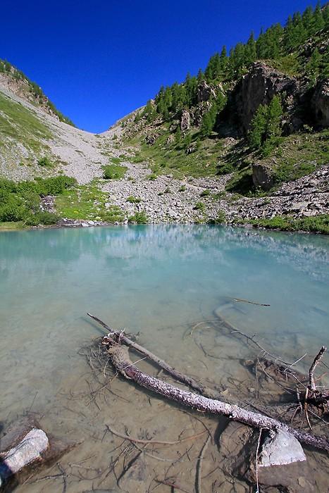 Vue sur le lac de la Douche