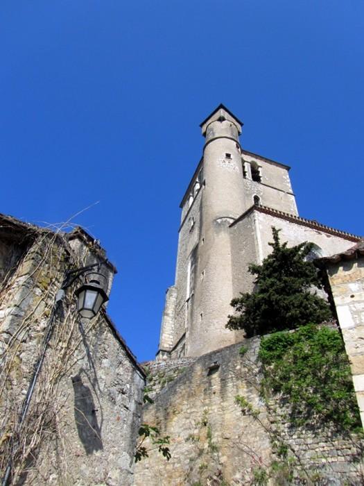 Saint Cirq Lapopie vue d'en bas