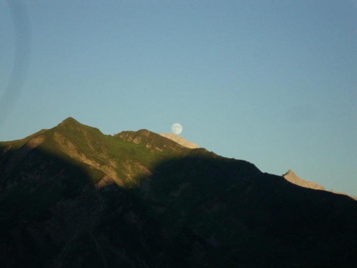 Lune et Pointe Percée