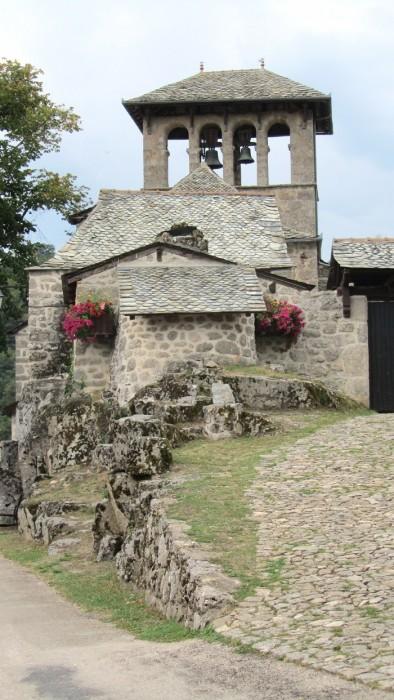 Village de Bez Bédène en Aveyron