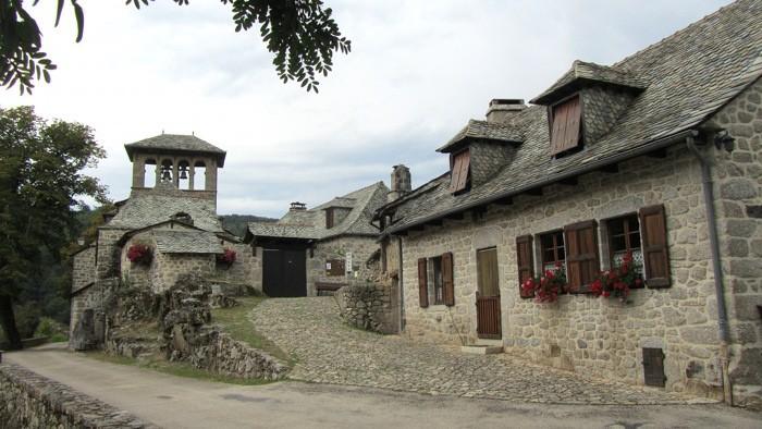 Magnifique Village de Bez Bédène, perché