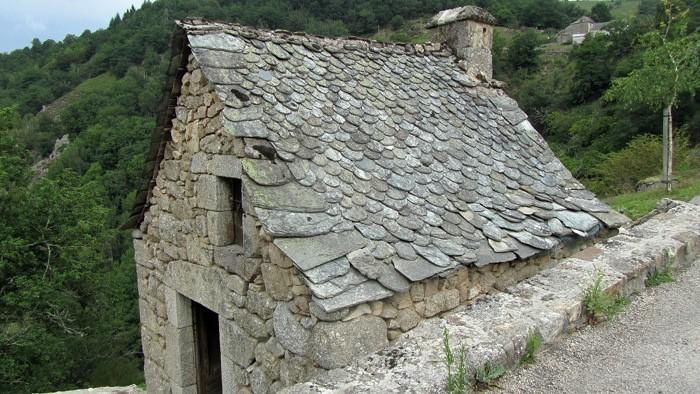 Les toits de lauzes Aveyronnaises